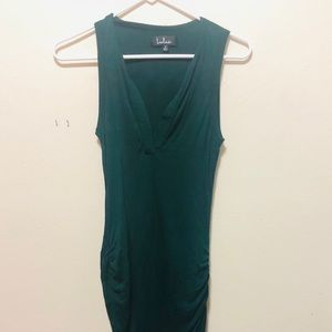 Lulu's Bodycon Green Sleeveless Dress w/ V-Neck